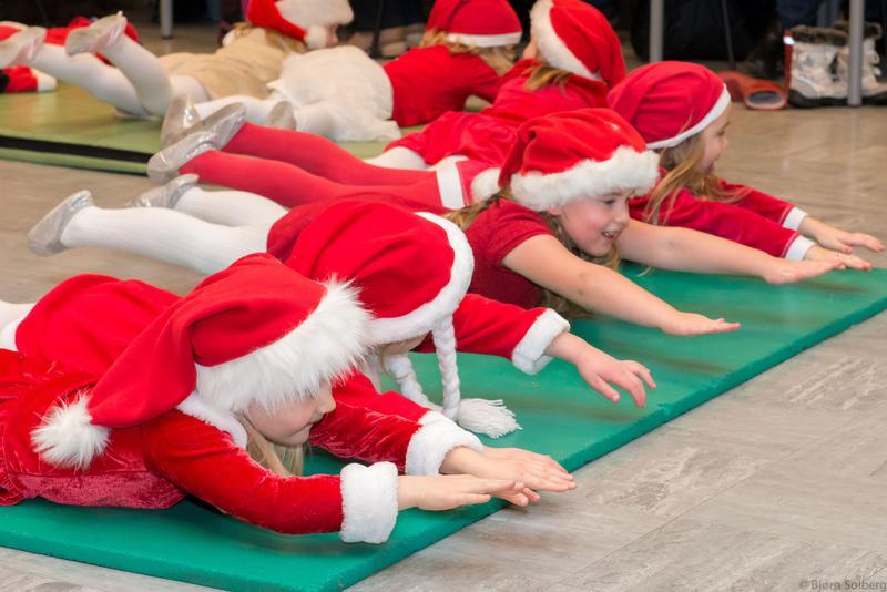 Bekledning på juleoppvisningen